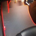 pelēki eva automašīnu paklāji